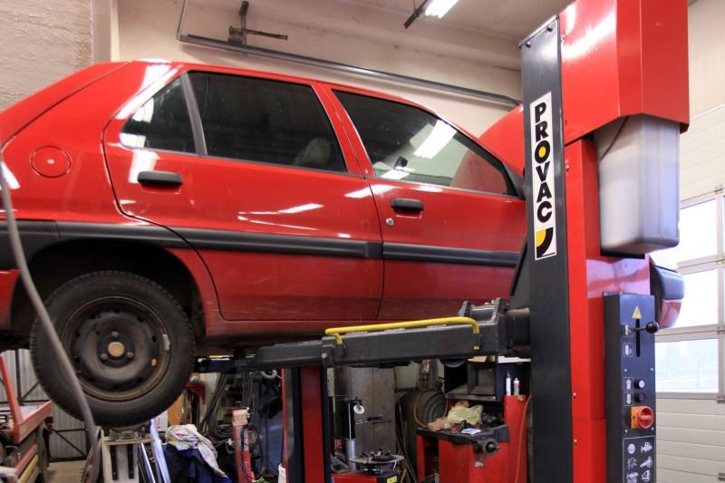 Garage pontarlier garage garage bda pontarlier entretien for Garage pour entretien audi
